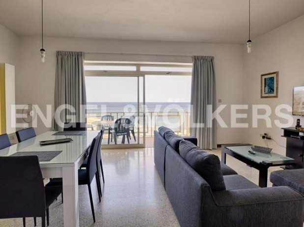 PACEVILLE Apartment with fantastic sea views
