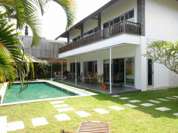500m2 - Private Freehold Villa in BUKIT - Bali - Fully Furnished