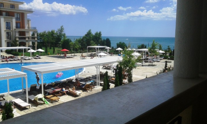 Sea & pool view luxury furnished 1-bedroom apartments for sale in beachfront Prestige Fort Beach