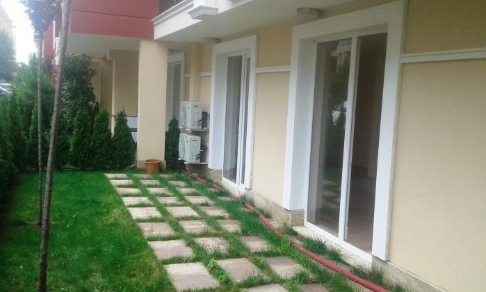 Luxury studio apartment with garden for sale in luxury Messembria Resort Sunny beach