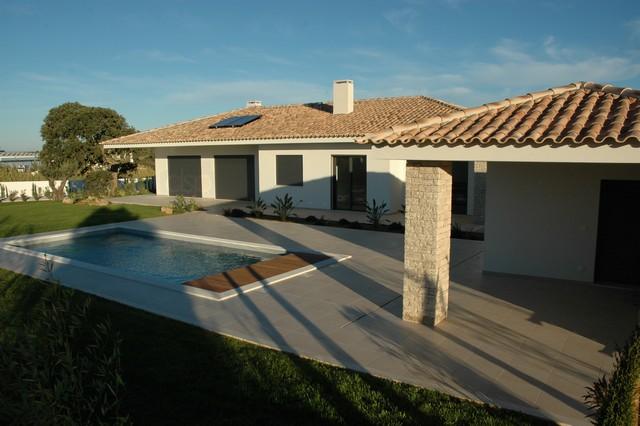 Luxueuze afgewerkte nieuwgebouwde villa.