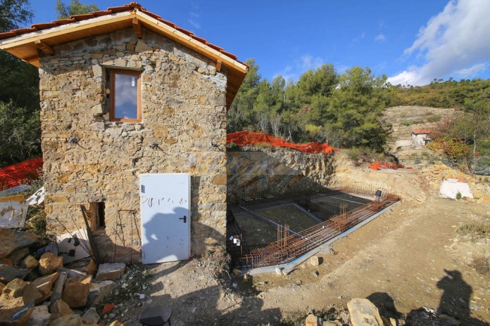 Rustic with land for sale in Vallebona. REF 994