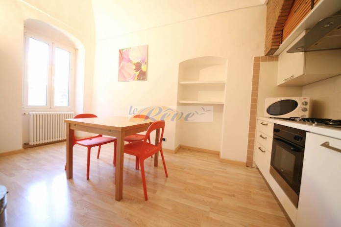 Three-roomed  apartment for sale in Bordighera-historical center R 934