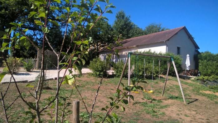 Op het platteland, leuke woning op 3.063 m2 eigen grond