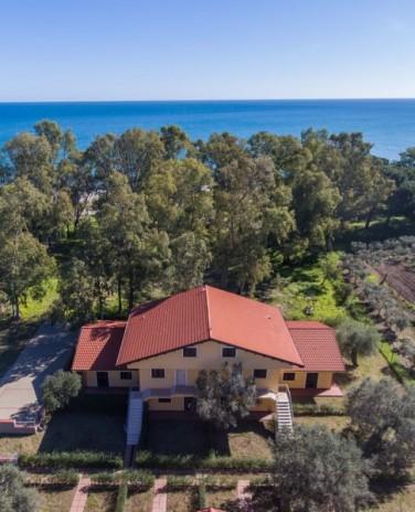 Residence Torretta Beach , Waterfront Maisonette Calabrie