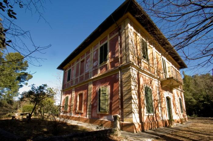 Villa on Marmore Falls